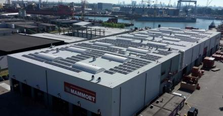 1.400 zonnepanelen op dak transportbedrijf