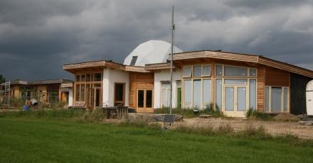 23 huishoudens bouwen eigen wijk