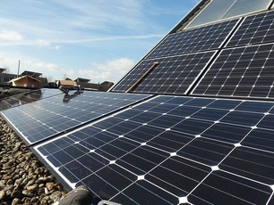 2.700 zonnepanelen voor gemeente Zaanstad?