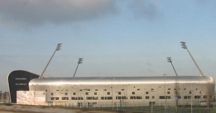 2.900 zonnepanelen op stadion ADO Den Haag