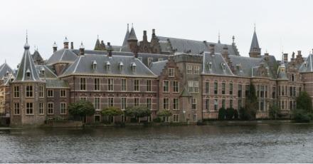 3 opties voor renovatie Binnenhof