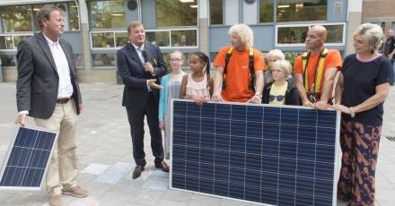 30 zonnepanelen op Amsterdamse school