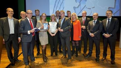 Alders ontvangt 10-punten actieprogramma voor duurzaam Groningen