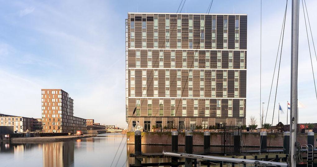 Amsterdams zero energy hotel in de belangstelling