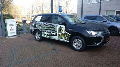 'Auto als energieopslag voor kantoorpand'