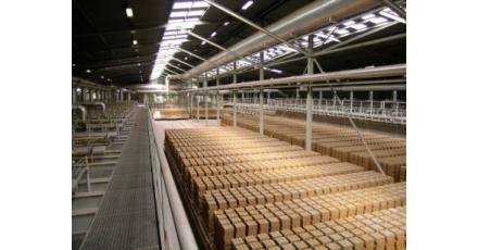 Baksteenfabriek en kleiwingebied bezoeken?