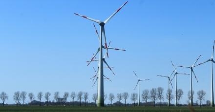 Datacenterbedrijf over op windenergie