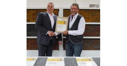 DUBOkeur-certificaten voor vormbak straatbakstenen