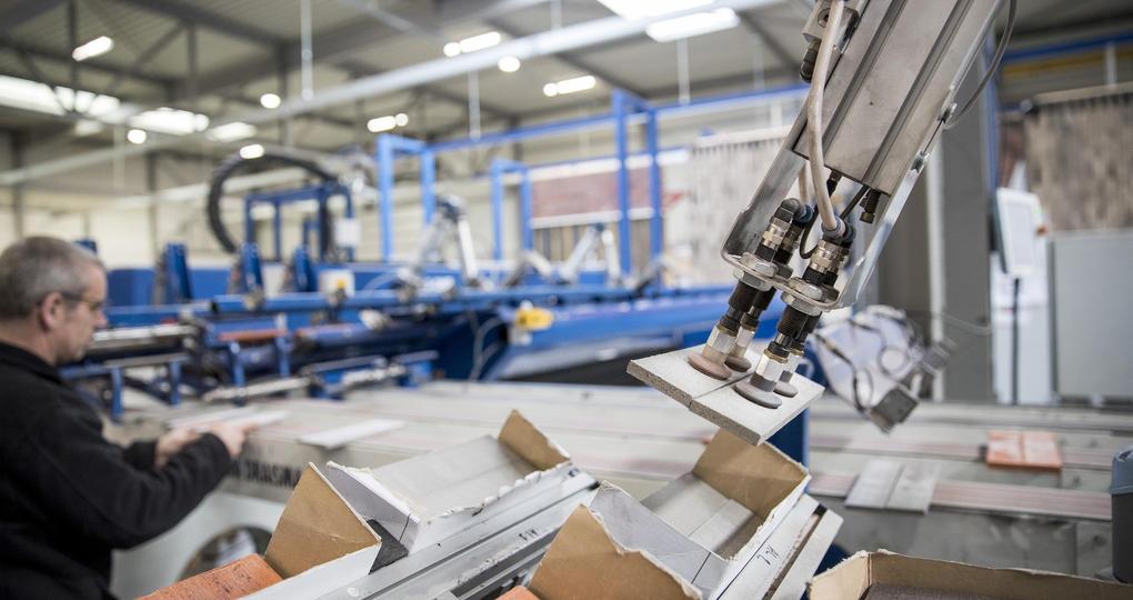 Duurzaam Gebouwd-partners bundelen krachten voor industriële gevels en daken