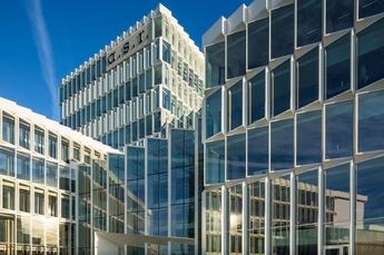 Duurzaam gerenoveerd hoofdkantoor officieel geopend