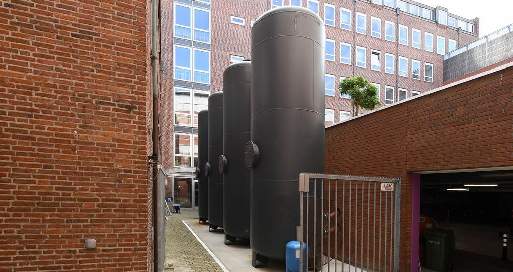 Eeuwenoud provinciehuis Groningen van het gas af