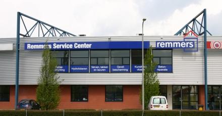 Feestelijke opening servicecenter in Duiven