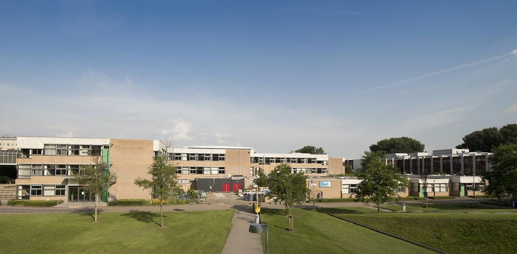 Hogeschool Windesheim krijgt circulaire gevelrenovatie