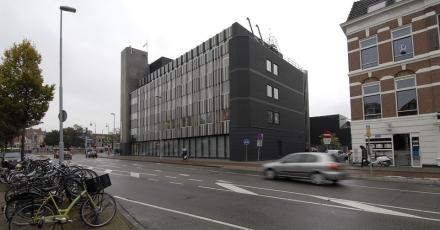 Ingepakte gevel blaast publiekshal Haarlem nieuw leven in
