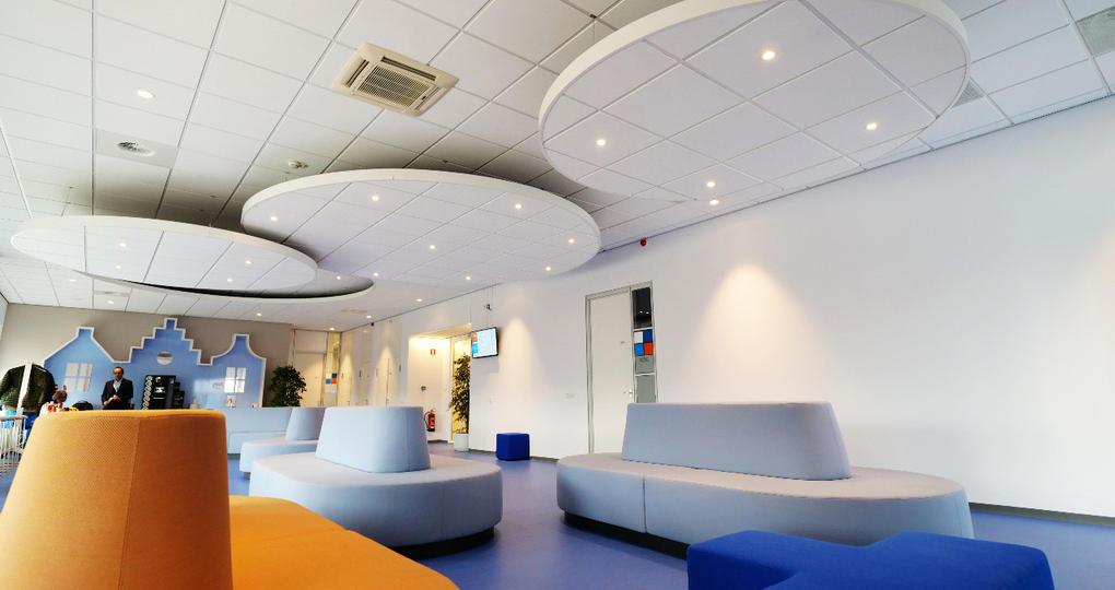 KLM in de wolken met deze plafonds