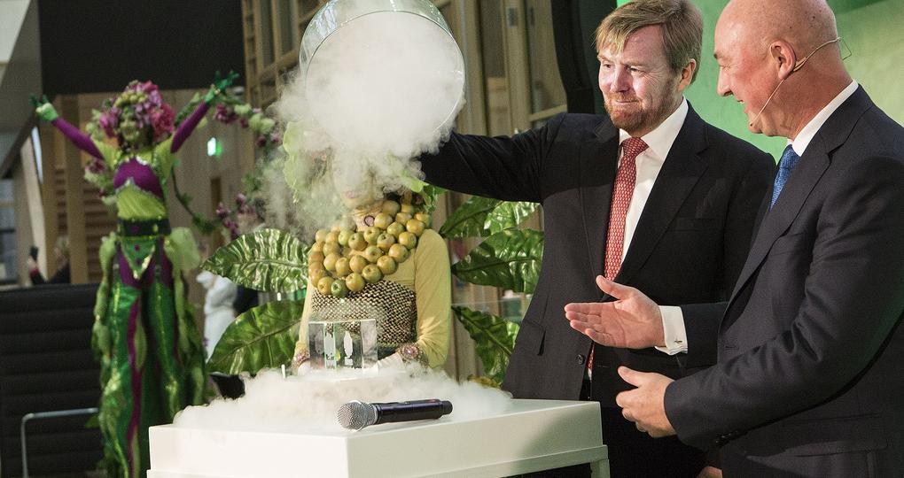 Koning opent Unilever-gebouw op Wageningen Campus