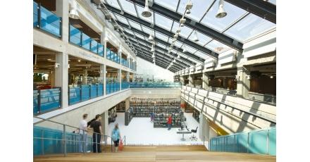 Mediatheek Delft door Dok architecten en Aequo