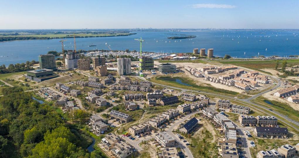 Meeste duurzame woningen en gebouwen in gemeente Almere