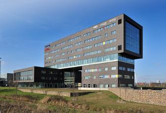 Nieuwe huisvesting 'One House' in Papendorp