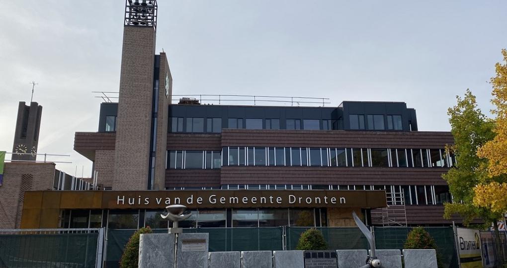 Nul op de meter: een volledig energieneutraal gemeentehuis