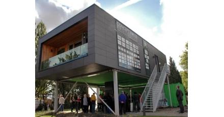 Open dag in Plug & Play appartement Concept House op Heijplaat