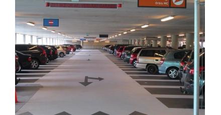 Parkeergarage in fases hersteld