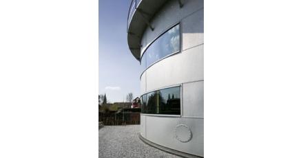 Telescopische gashouder annex kantoor van HET architectenbureau