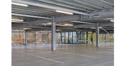 Tijdelijke parkeergarage lost tekort parkeerruimte op