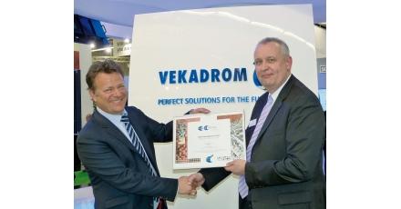 VEKA Umwelttechnik onderscheiden met oorkonde VKG