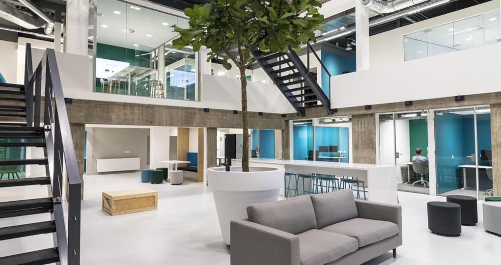 Voormalige Philips-lab gerenoveerd tot 'agile' kantoor