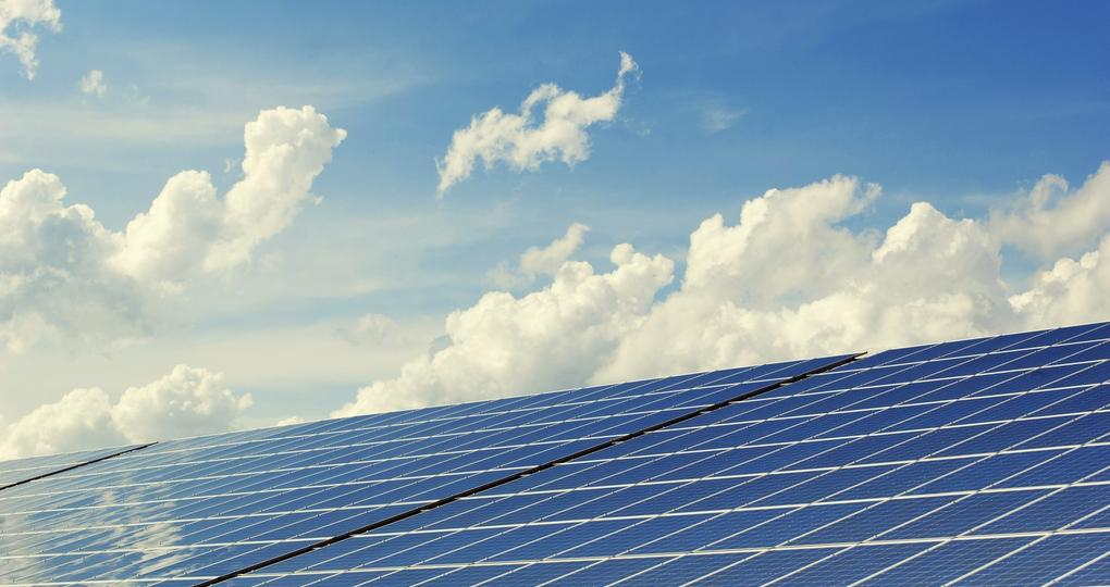 Waterschapsbedrijf Limburg verduurzaamt met tienduizenden zonnepanelen