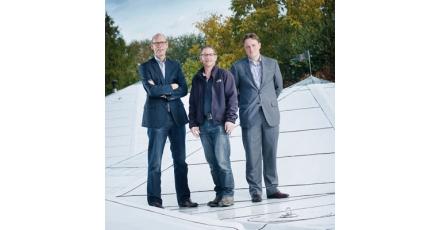 Witte daken voor aangenaam werkklimaat