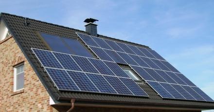 Woningcorporatie biedt 1.100 huurders zonnestroom aan