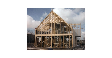 Woningcorporatie pionier in snelle gestapelde houtskeletbouw