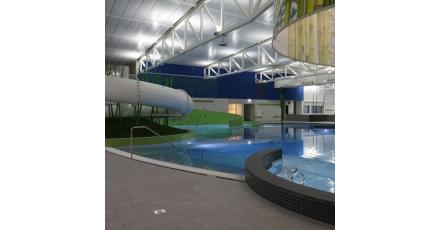 Zwembad De Vrolijkheid Zwolle compleet in led