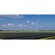 Zonnecentrales bij windparken