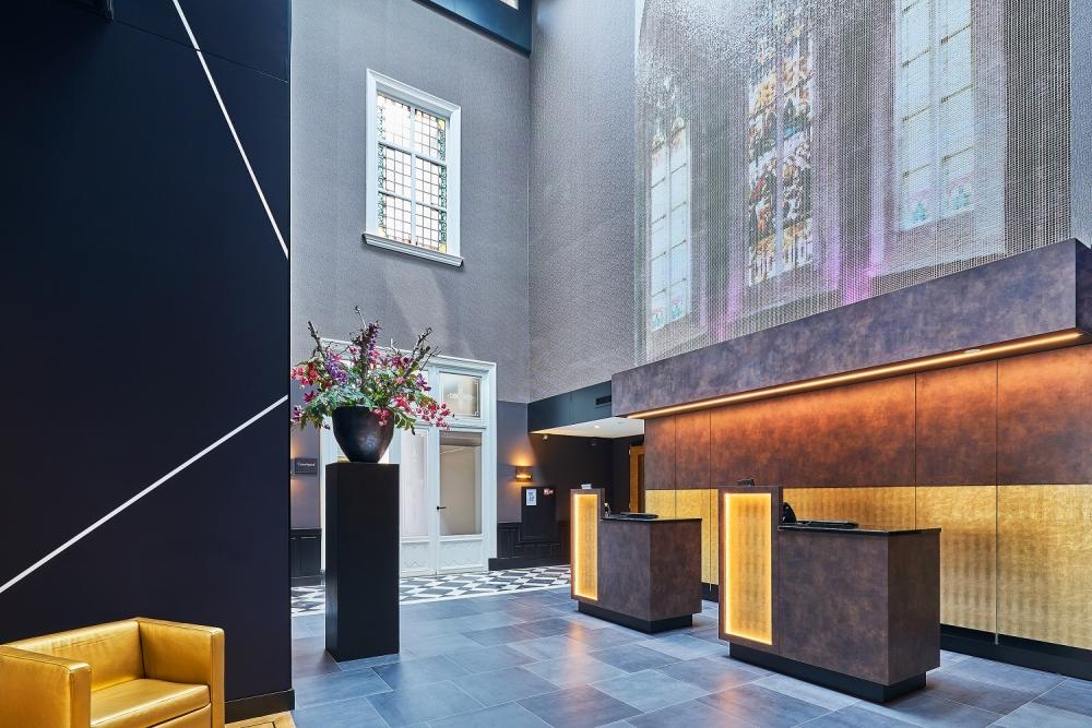 gerenoveerd hotel nassau modern met aandacht voor verleden blog duurzaam gebouwd. Black Bedroom Furniture Sets. Home Design Ideas